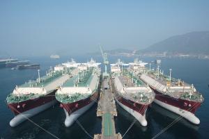 Despite Blockade, Saudi Arabia, UAE, and Qatar Share Oil Tankers
